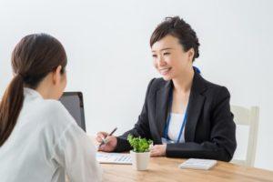無料保険相談に対応するFP